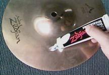 clean1  Trik membersihkan cymbal