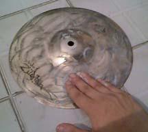 clean6  Trik membersihkan cymbal